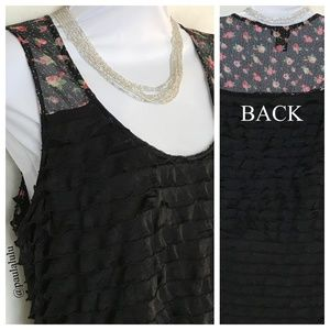 Comfy Black Ruffled & Floral Tank Top Large